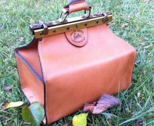 Női western táska