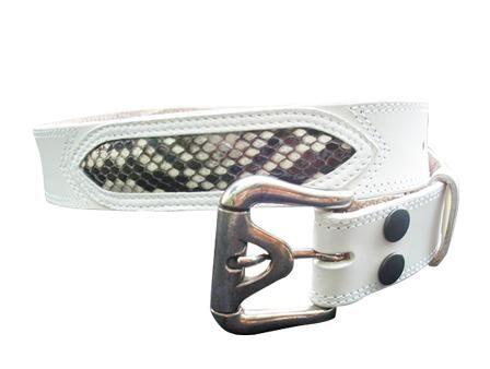 97fb35ce28 Bőr öv kígyós, csattal - fehér